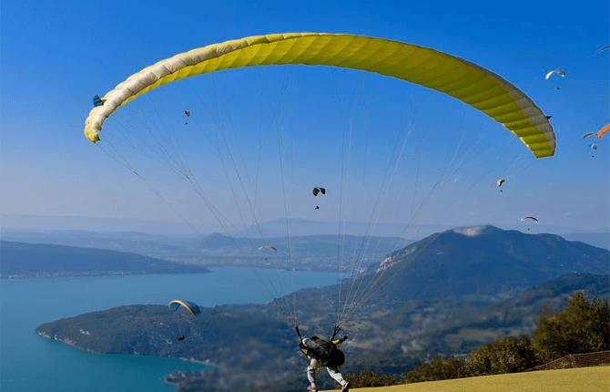 Paragliding in Rishikesh