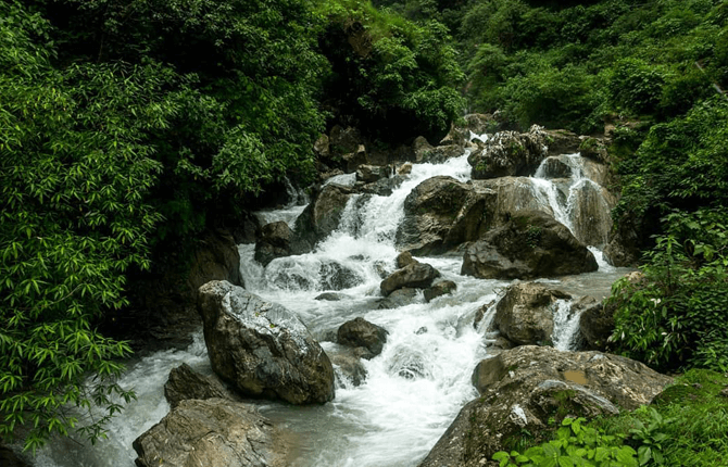 Shikhar Fall